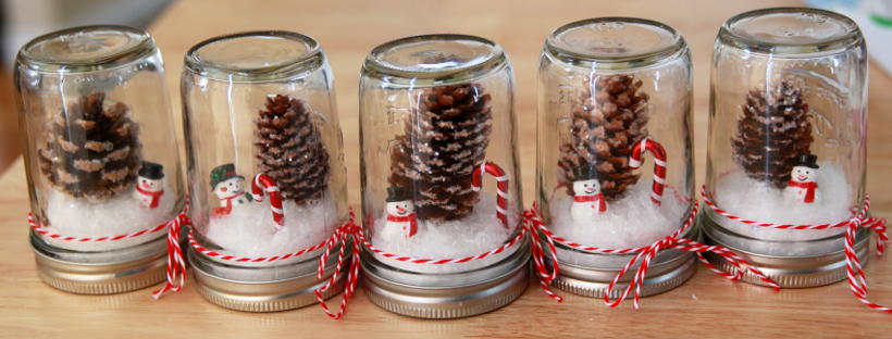 Easy Waterless Mason Jar Snowglobes Craft